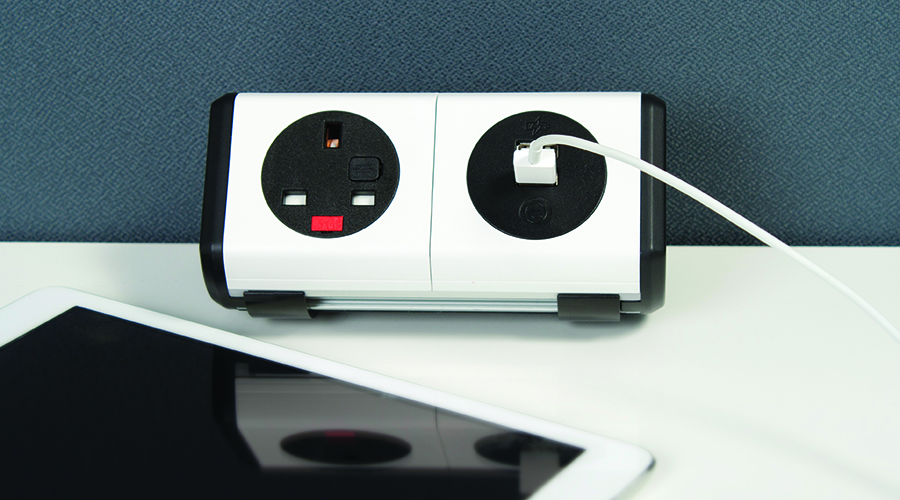 panda-black-white-socket-usb-power-data