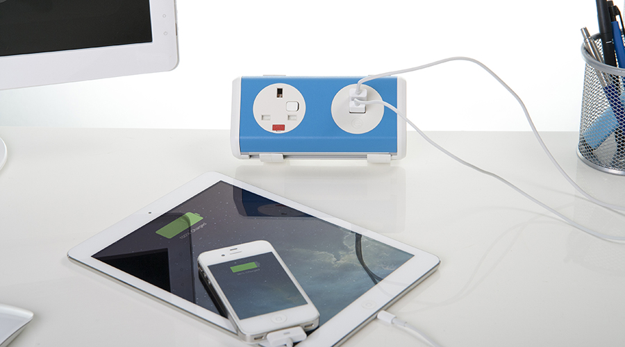 panda-charging-ipad-iphone