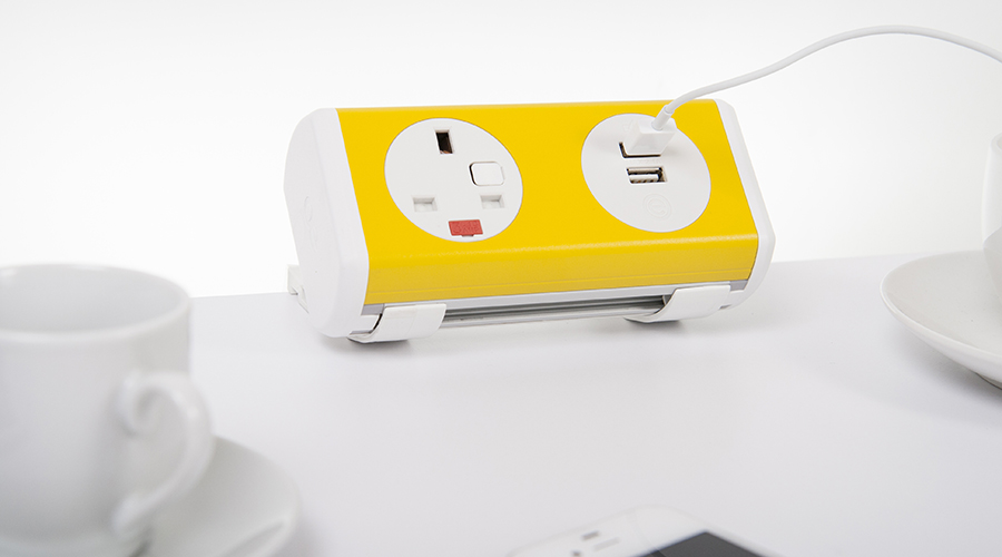 panda-yellow-iphone-cups-cable