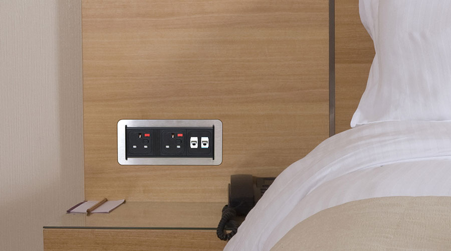 """<a href=""""http://www.oeelectrics.co.uk/wp-content/uploads/2017/09/pleyt-power-data-black-hotel-nightstand.jpg"""" download>Download this image</a> 