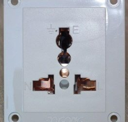 Universal sockets are unsafe!