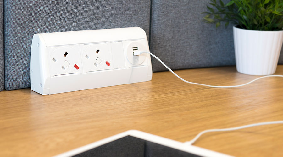 Pearl White Stylish Desktop Power Sockets Amp Usb Charging