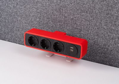 Pulse red with schuko sockets and TUF charger