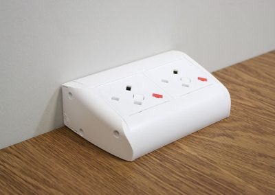 on desk solutions, office power, office charging, USB charging, reversible usb, usb reversibility, uk fused socket, plug sockets for office, plug sockets for desks, power sockets for office, power sockets for desks