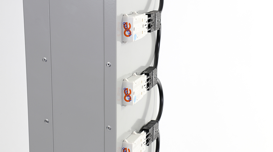 OE-Electrics-QikFit-TUF-Locker-6 copy