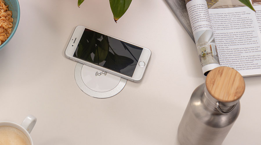arc - advanced resonant charger - white